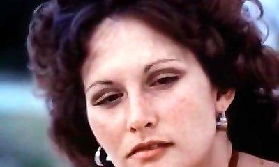 Linda Lovelace, Harry Reems, Dolly Sharp in classical sex