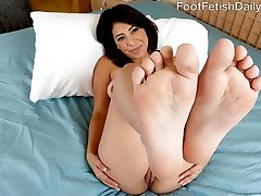 Nicole has that latina fire. She wants what she wants, and knows how to get it. Kurt is more than happy to turn her on however she likes, and today she wants her toes sucked. She wants to have her feet licked and worshipped before she gives an epic footjob. Kurt has his way with her; he bends her up in all sorts of ways while fucking her sexy body. When all is done she has a load of cum dripping off her pretty feet.