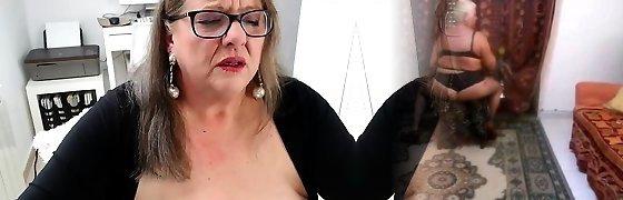 Lynns Got A Heel Fetish