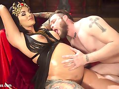 Slave boy Mike Panic is bestowed the honor of worshiping Pregnant Goddess Lola Luscious! He celebrates the divinity and ultimate power of femininity with extensive foot, breast, pussy, belly and ass worship. To satisfy her desires, he takes her dick-on-a stick up his ass before coming all over her perfect toes!