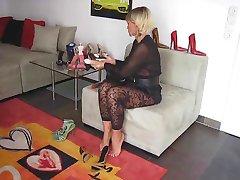 Milf showing her feet