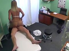 Blonde without panties in pantyhose fucked by doctor