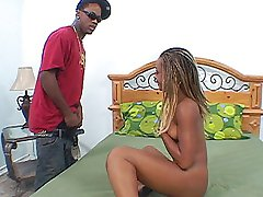 Slutty bleach blonde ebony babe rides her hot ass on a black dick