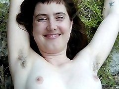 Hairy pits and pussy on Rachel in the great outdoors