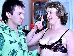 Older seamstress tricks a boy into oral foreplay before raw pussy banging