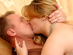 Sex-crazy mature chick toying her slit dreaming for a dosage of male meat