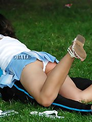 Cute girlfriend flashed panty up skirt