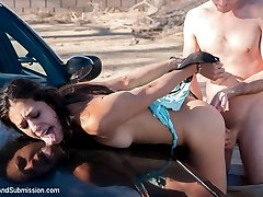 A special SAS feature starring Casey Calvert, Lyla Storm and James Deen. Two college students...