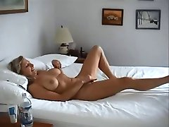 big breasted wife fucked on real homemade