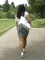 White high heels have always had a specially arousing effect upon men! And by sheer coincidence Lauryn's high heels are exactly that style in this video! So enjoy the lovely shoes again and again