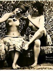 Twenties wifes fully naked