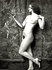 Artistic vintage nude girls