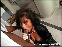 black dude fucking older white chick