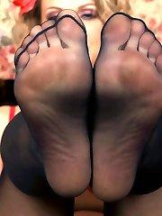 Hot Pinup, No Panties