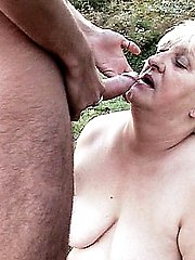 Grey haired plumper Anna Mary spreading her fat thighs to cram her slit with a rock hard dong