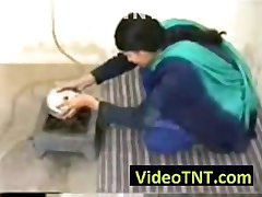 Desi indian amateur woman with nice body gets fucked real hardman o