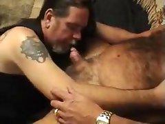 Bear gets a hot blowjob