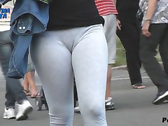 Round Ass Teen Flashing. Cameltoe, Thong, Ass.
