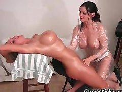 Sexy Carmen sculpting her girlfriends part4