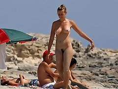Only the voyeur pictures from wild nudist beaches are here seeing is believing.