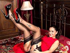 Estelle in full U.S. vintage lingerie loves, loves, loves the bullet bra and open bottom girdle!