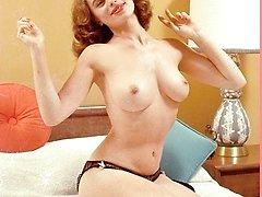 Vintage cuties posing naked