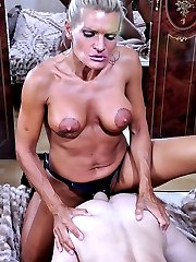 Strict lady spices up kinky CFNM action with her strapon banging a male ass
