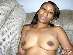 Amateur Black Girl Models Nude And Spreads Her Ass - Silicicy Model