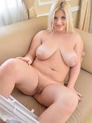 Nude Chubby Pics