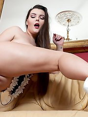 Toni Leanne dildo fucking her big melons and pink juicy cunt