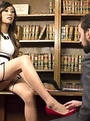 As CEO of her own company Venus Lux likes to use a personal touch with every one of her...