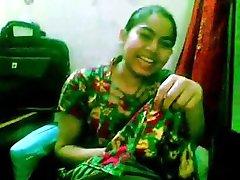 Footjob by Paki girl