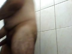 HORNY DADDY BEAR IN THE SHOWER