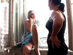 Czech lesbian fisting
