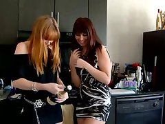 Hottest girlfriends in threesome (1 of 2)