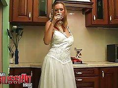 Russian bride Laki