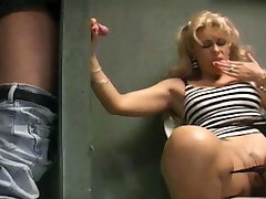 Hot chick banged in the toilet