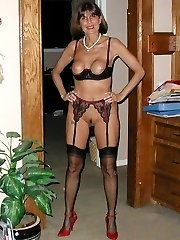 Amateur in nylons
