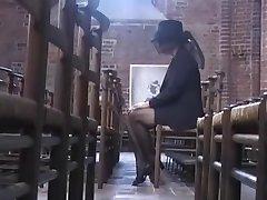 Beate Dumas - La Veuve consoler par des bricoleurs