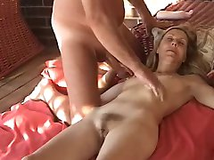 Sexy MILF gets a load