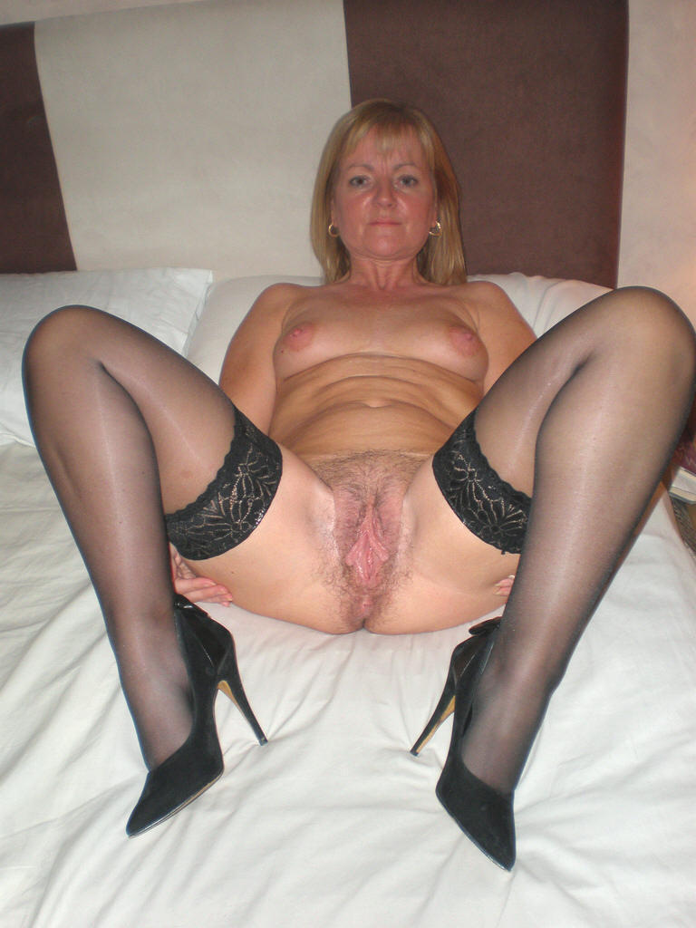Granny sluts fucking