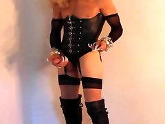 Mistress Cortney, Domme, masturbates solo extreme nails
