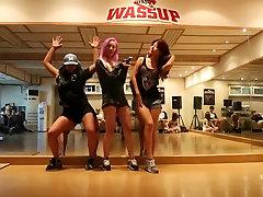 How to twerking asian girl gurp Waup