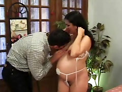 Pregnant wiht a hairy cunt fucking! Amateur!
