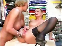 two mature lesbians fisting pussy and ass