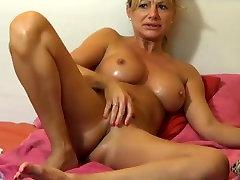 Blonde Milf babe webcam show