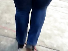 Bbw mature booty in jeans