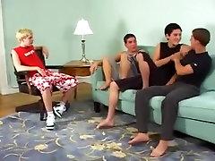 4 Friends Have Bareback Orgy