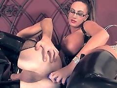 Big tit Mistress using her sissy slave