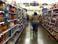 Mega Ass BBW Tight Jeans